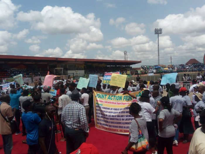 Protesting workers disrupt May Day in Lagos | e-nigeriang.com