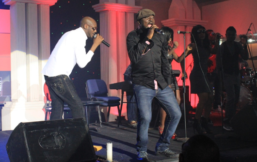 2Face-and-Blackface-reconcile-at-last-perform-together-on-stage