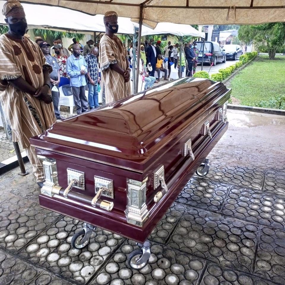 Mohammed Fawehinmi Buried beside father's grave